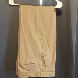 Lee Total Freedom Relaxed Fit Khakis